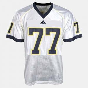 Men's University of Michigan #77 Taylor Lewan White College Football Jersey 548491-936